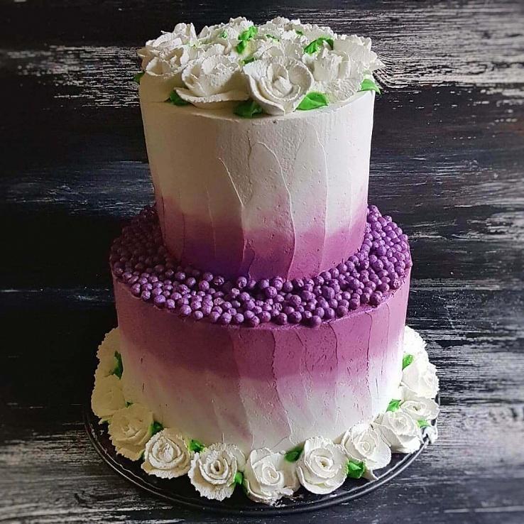 Торт сиреневый с цветами